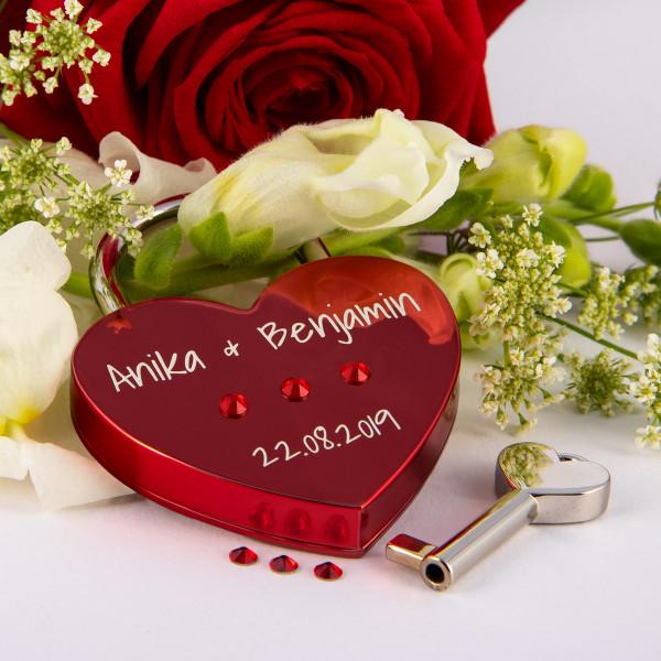 Liebesschloss Herzform Rot mit runden Kristallen von Swarovski®