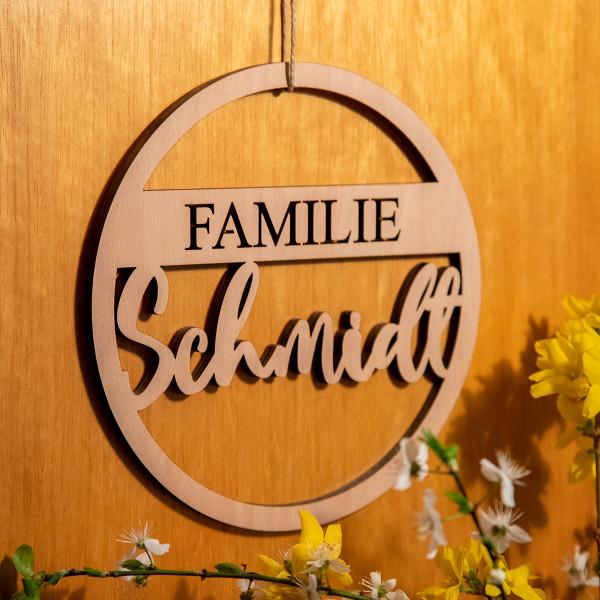 Türschild mit Familiennamen