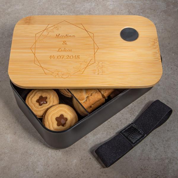 Lunchbox mit graviertem Bambusdeckel