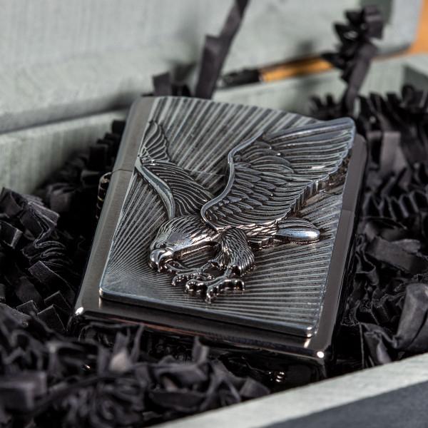 Premium Zippo® mit Gravur - Adler