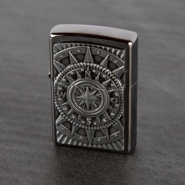 Premium Zippo® mit Gravur - Kompass