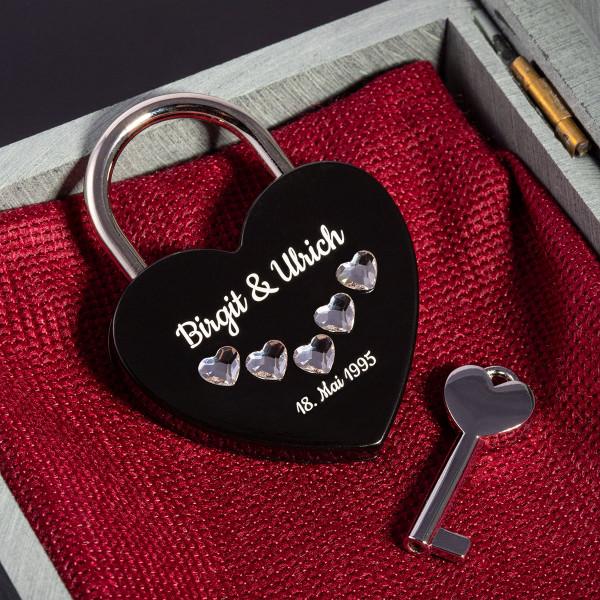 Liebesschloss Herzform Schwarz mit Herz Kristallen von Swarovski®