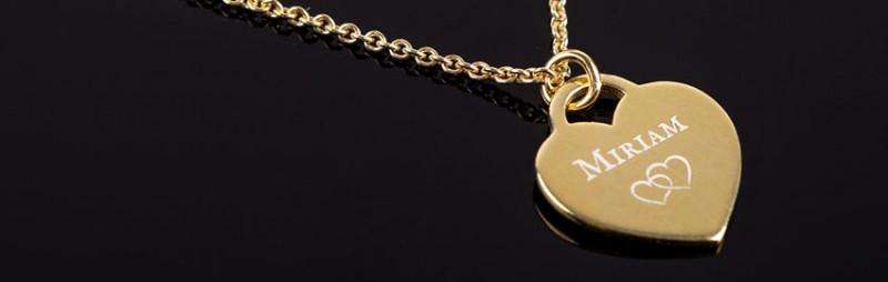 Halskette Herz Anhänger mit Gravur und Zirkonia - 925 Silber vergoldet